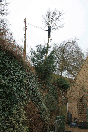 cliff-edge-dismantle-specialised-access-aerial-operations