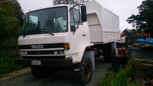 isuzu-truck-ftr-side-view-arbortechnix