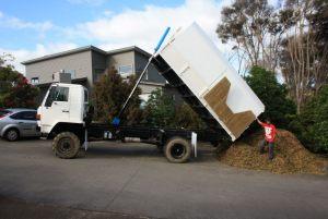 isuzu-4x4-tipper-auckland-tree-services